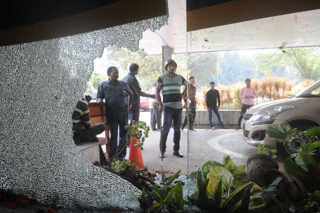 एसएसकेएम में डॉक्टरों पर हमला