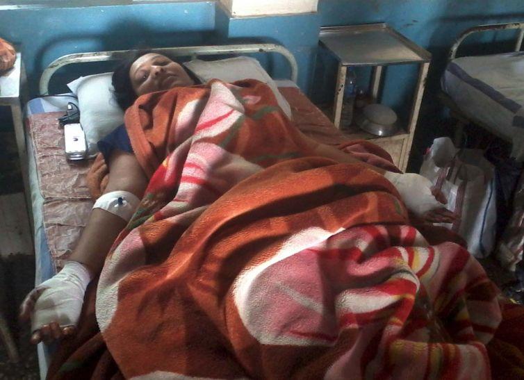 पति की इंदौर में हत्या, जेठ ने बहू को चाकू मारा