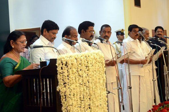 तमिलनाडु का नया मंत्रिमंडल (जानिए किसको कौनसा विभाग मिला)