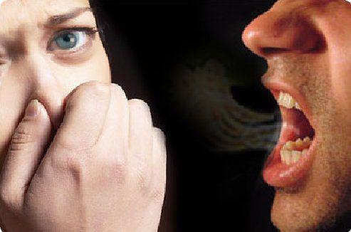 सांसों की दुर्गंध और शरीर की बदबू से हैं परेशान, तो करें ये घरेलू उपाय
