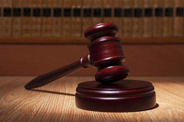 मिलॉड : पत्नी ने लगाई कोर्ट से गुहार पति के पोर्न की लत से मेरा परिवार टूट रहा है!