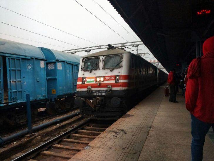 पुरी जोधपुर को रेलवे ने किया सुपरफास्ट