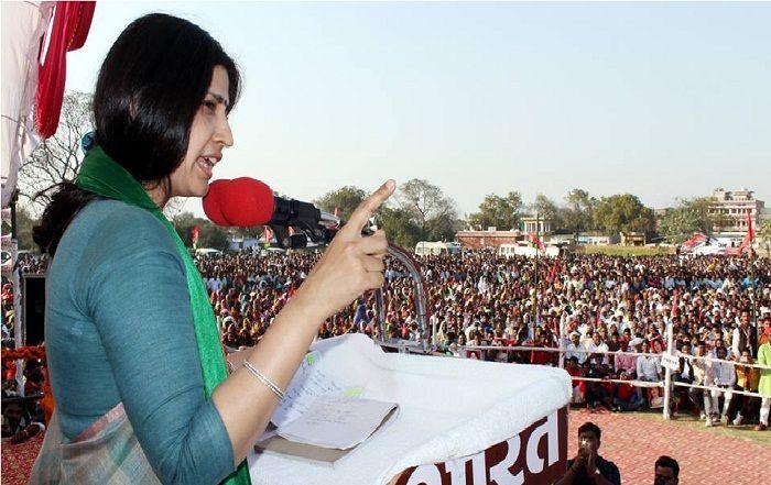 अखिलेश की पत्नी डिंपल यादव के निर्विरोध निर्वाचन की जांच शुरू