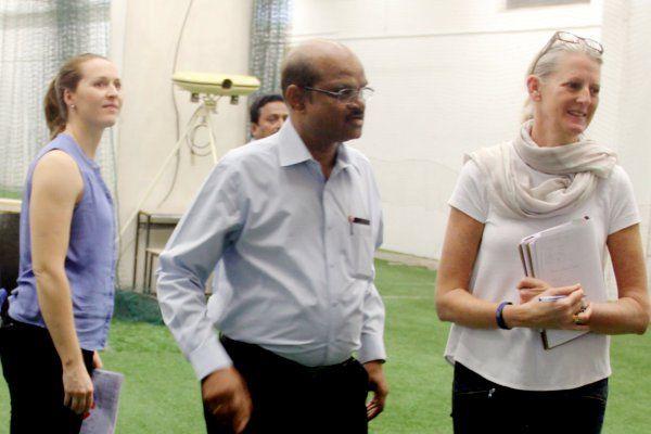 किंग्स 11 के अधिकारियों ने किया होलकर का दौरा, आईपीएल की तैयारियां जोरो पर