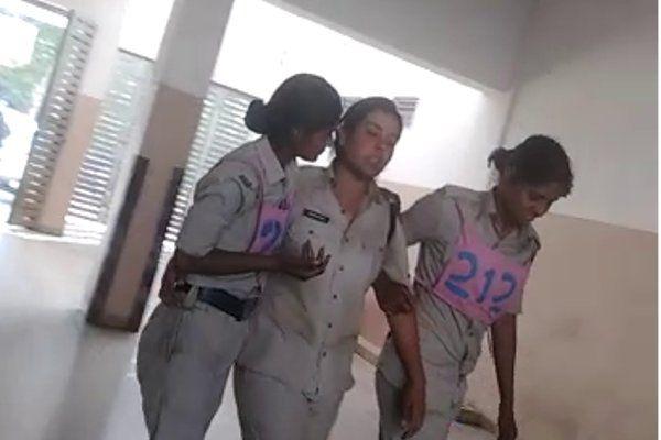 फायरिंग के दौरान बिगड़ी महिला सिपाही की तबियत, एमवाय में चल रहा इलाज