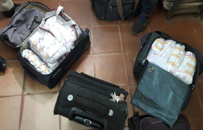 बैग में भरकर ले जा रहा था 365 किलोग्राम चांदी, पुलिस ने धर दबोचा