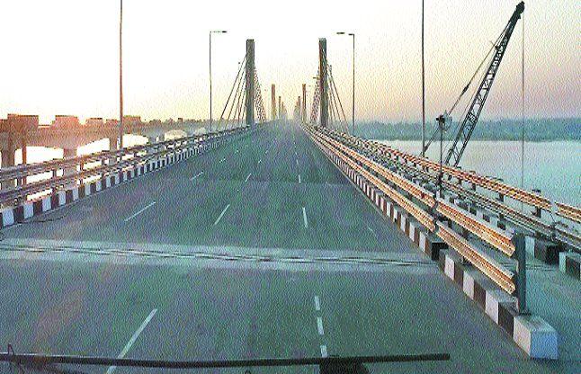 नए पुल के नामकरण को लेकर आंदोलन की चेतावनी