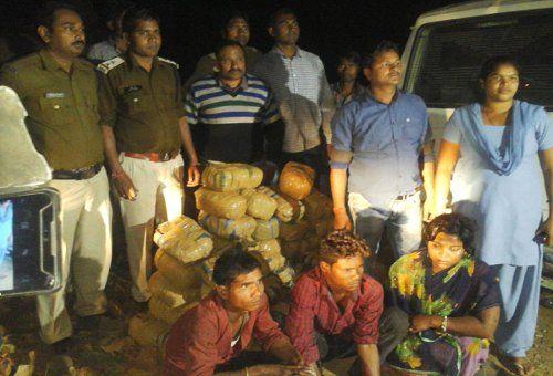 Sumo नहीं पलटती तो Patna पहुंच गया होता 1.5 क्विंटल गांजा, 3 तस्कर घायल