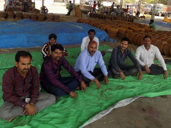 मंडी से फुटकर में महंगा बिक रहा गेहूं, किसान परेशान बिचौलियों की चांदी