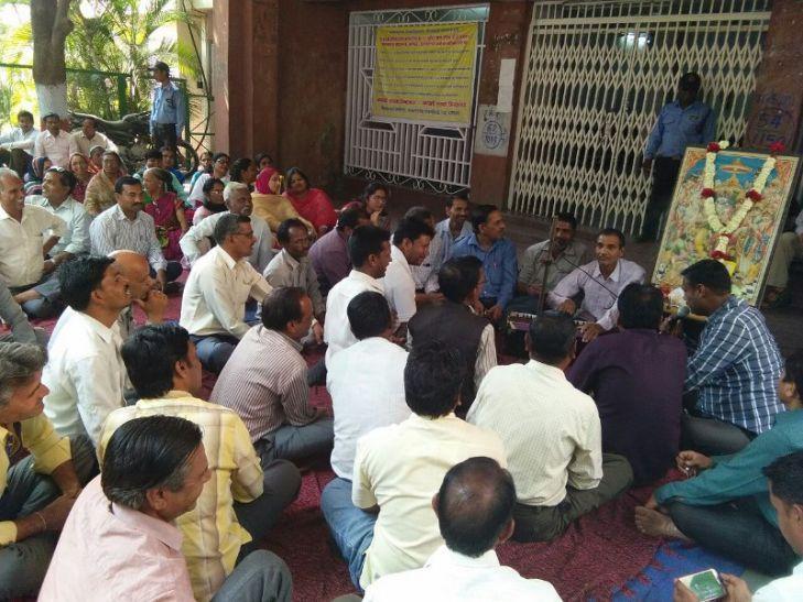 मध्यप्रदेश के 7 विश्वविद्यालयों में 8 हजार कर्मचारियों की हड़ताल