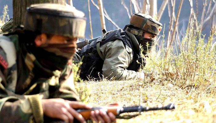 पाक सैनिकों ने किया संघर्ष विराम का उल्लंघन; LOC पर की गोलीबारी