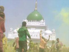 हाजी वारिस अली शाह की है इकलौती दरगाह, जहां खेली जाती है होली
