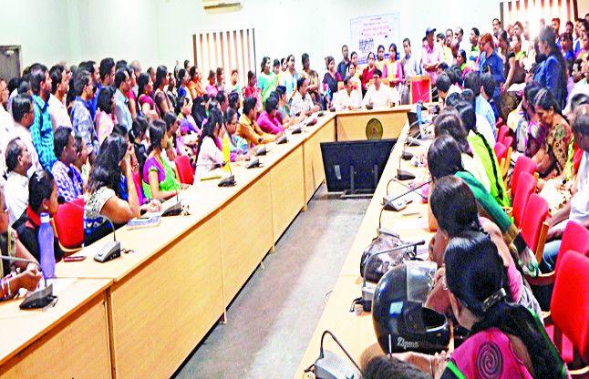 RTE की बैठक में 27 स्कूलों ने दी गलत जानकारी, कलेक्टर बोले- रद्द होगी मान्यता