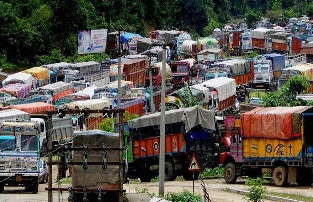 मणिपुर : रविवार मध्यरात्रि से हटेगी आर्थिक नाकेबंदी