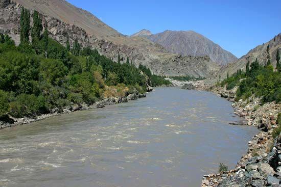 सिंधु जल समझौते पर पाकिस्तान से बातचीत जारी, भारत अपने अधिकार से नहीं हटेगा पीछे