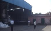 प्रशासनिक और पुलिस अफसरों ने बुधवार को खरखौदा क्षेत्र के अवैध मीट प्लांटों पर कार्रवाई की