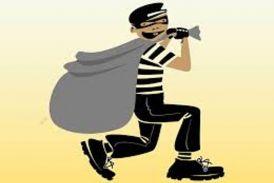 फरार चल रहे पूर्व सपा विधायक के घर से चोरी