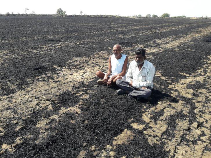 आग से नुकसान उठाने वाले किसानों को मदद का इंतजार