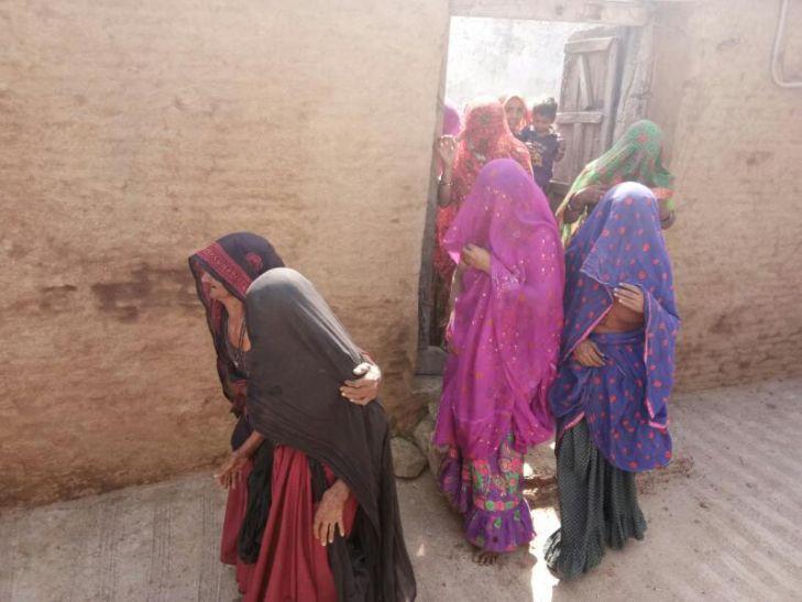 खलिहान में सो रहे किसान की हत्या कर नाले में फेंका शव