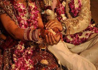 ये भाई-बहन करना चाहते हैं शादी, मां ने उठाया यह कदम