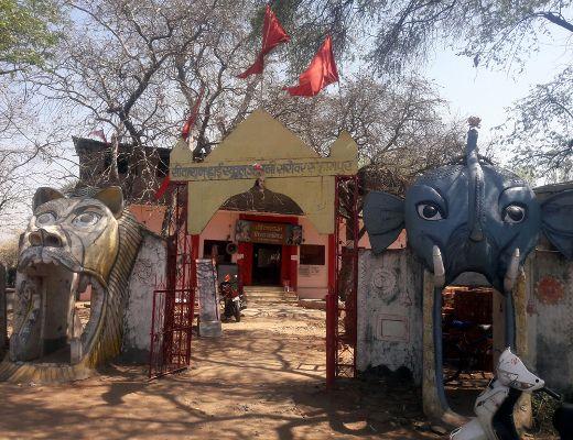 श्री हनुमान के धाम में 25 वर्ष से जल रही अखंड ज्योति, दर्शन मात्र से पूरी हो जाती है मनोकामना