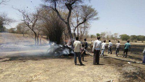 चौरई में आग का तांडव जारी, अब केदारपुर में लगी आग