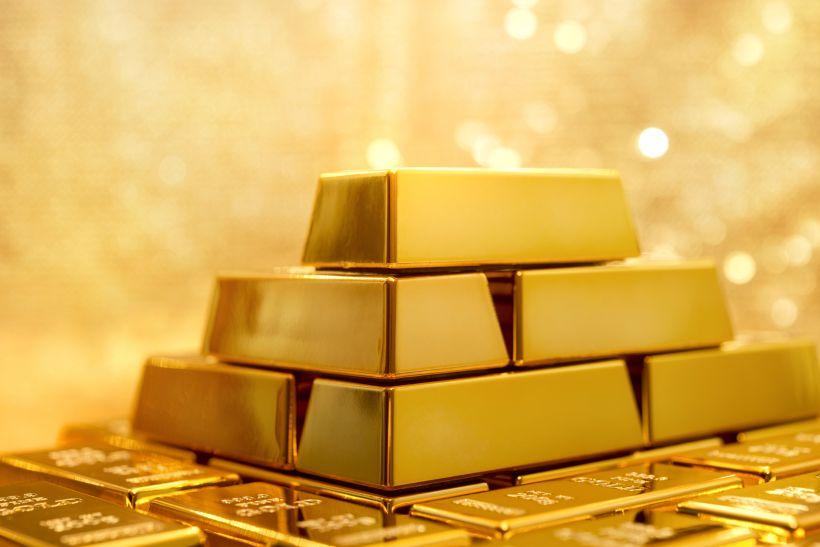 मांग पर दबाव के बावजूद महंगे हुए सोने-चांदी