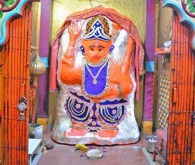 ये हैं इंडिया के पांच सबसे चमत्कारी हनुमान मंदिर, हजारों साल से हिली नहीं मूर्ति