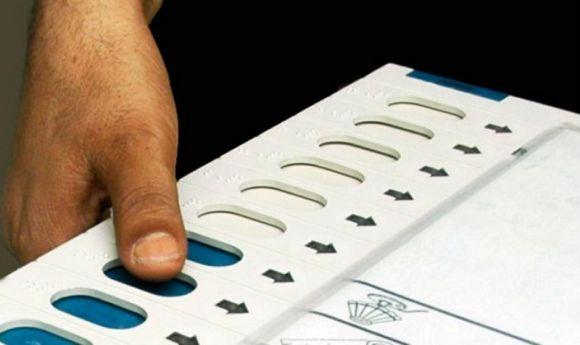 बिहार चुनाव 2017: प्रथम चरण 64 प्रतिशत मतदान के साथ संपन्न