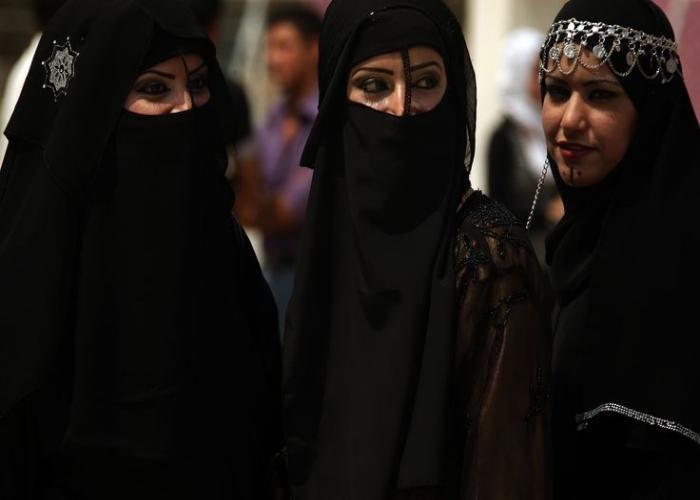 सभी पार्टियों में मुस्लिम वोट बैंक के ठेकेदारों की कटिंग शुरू