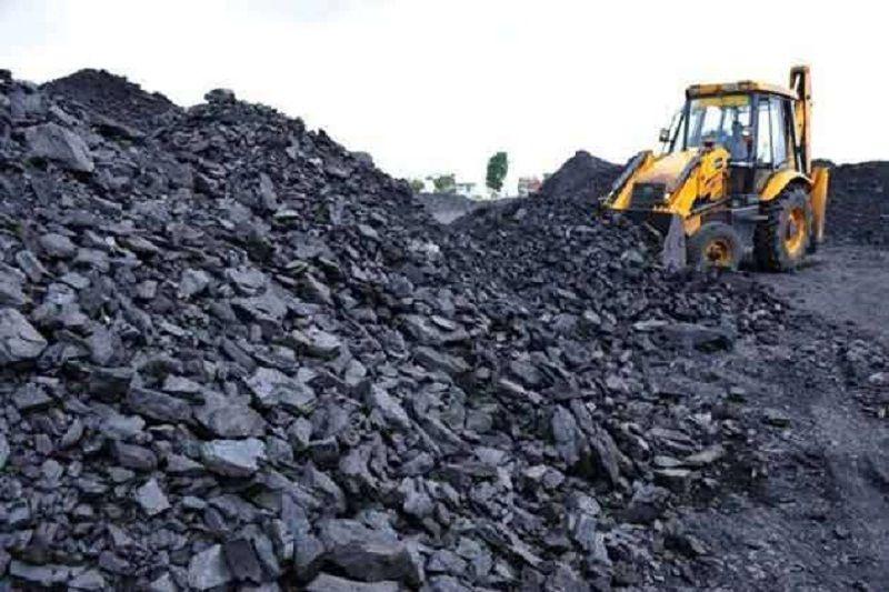 तीन माह बाद भी नहीं सुलझा विवाद, सौ करोड़ रुपए का कोयला  राख होने का डर