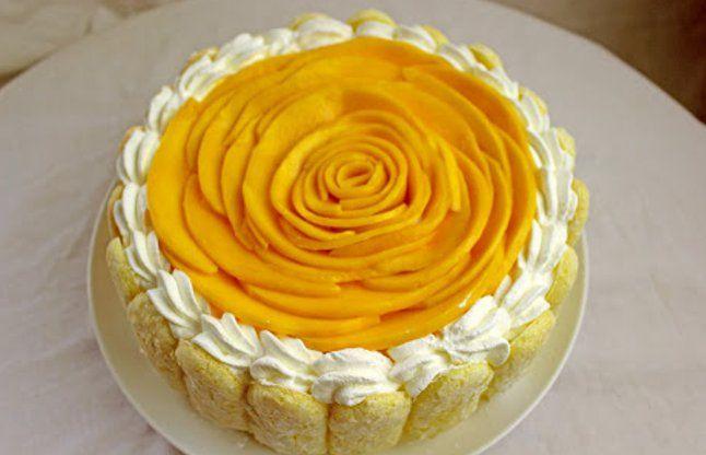 गर्मियों में एंजॉए करें यमी मैंगो केक