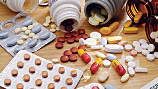 छापेमारी कर 25 लाख की नकली दवाएं जब्त