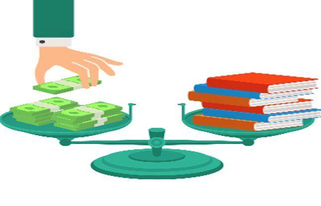 महंगी किताबें खरीदने के लिए मजबूर न करें