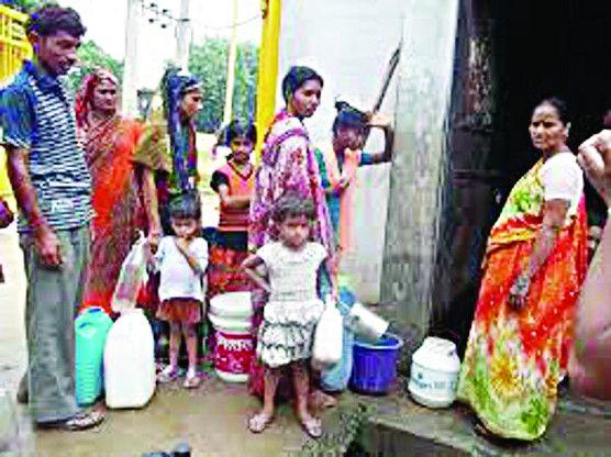 पेयजल समस्या : कर तो चुका रहे पर पानी भी नसीब नहीं