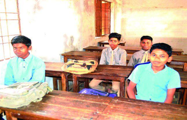 जानिए आखिर किन कारणों से स्कूलों में घटी बच्चों की उपस्थिति