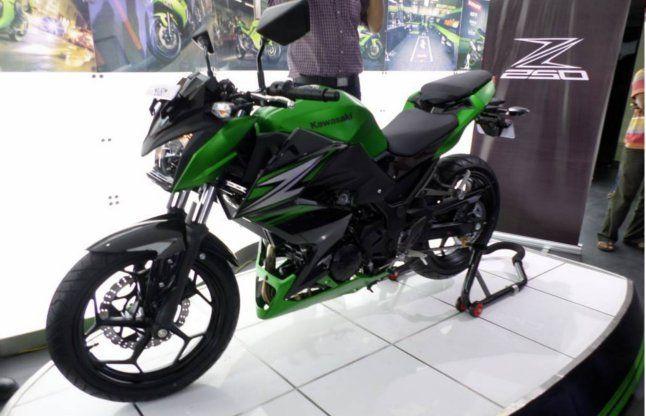 कावासाकी ने दमदार इंजन के साथ लॉन्च की नई बाइक Z250, ये है कीमत