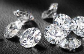 हीरे से जानिए कैसा है आपका व्यक्त्वि और कैसा रहेगा भाग्य
