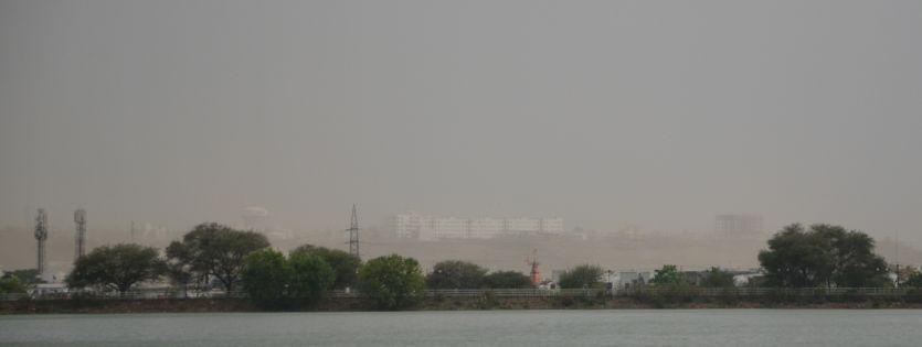 मौसम विभाग ने जारी किया पूर्वानुमान :- धूल भरी आंधी-बूंदाबांदी में बीतेगी मई