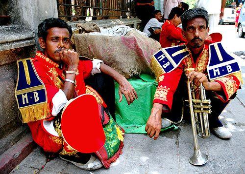 इस गांव में दलित के घर शादी में नहीं बजा सकते बैंड, जिसने कोशिश की, उसे झेलना पड़ा