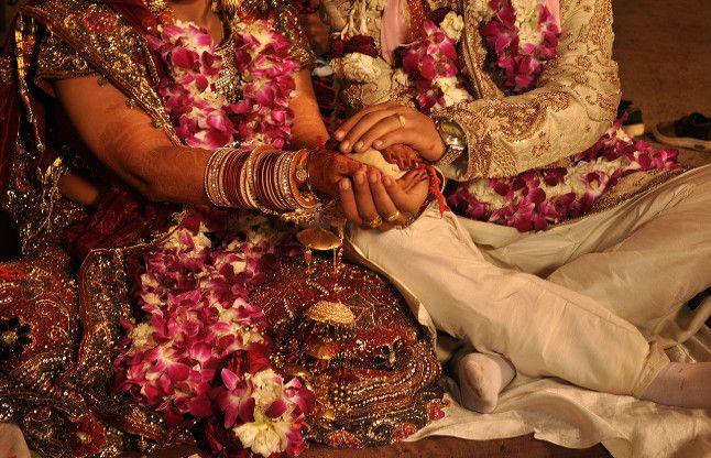 वाह! यहां 500 जोड़ों से सरकार ले रही शादी का पांचवां वचन, शुरू कर रही ये काम