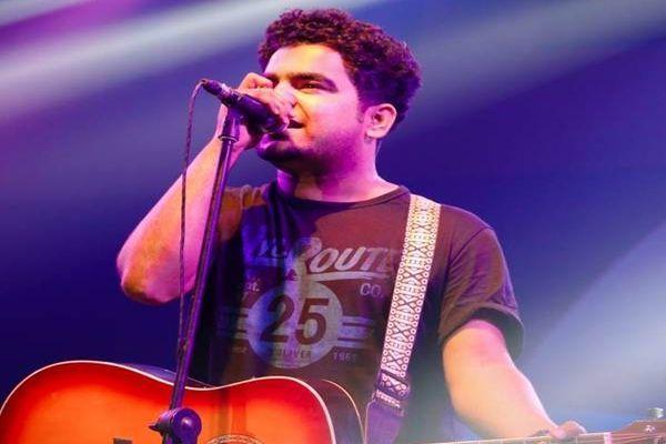 बॉलीवुड सिंगर्स में शहर के अमि मिश्र, अपकमिंग मूवी हाफ गर्लफ्रेंड में गाना गाया