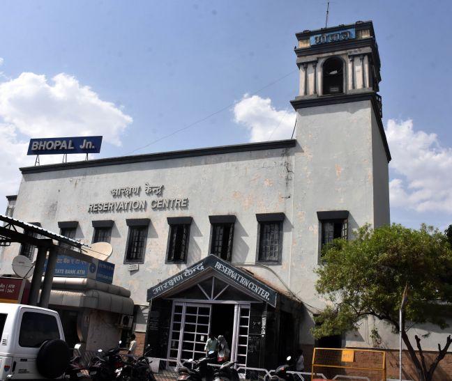 रेलवे स्टेशन से ट्रेनों की तर्ज पर बी-1001 और एच-1001 नंबर से चलेंगे सभी ऑटो