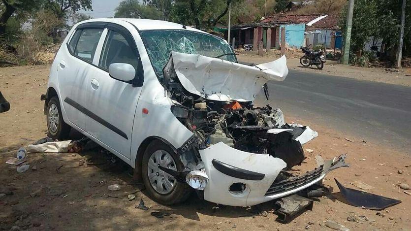 रायसेन जिले में बड़ा एक्सीडेंट, कार-ट्रक में जोरदार भिड़ंत, तीन की मौत