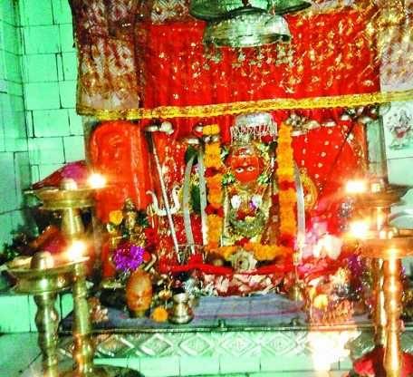1200 साल पुराने इस ऐतिहासिक मंदिर में उल्टे पांव परिक्रमा से पूरी होती है मुराद