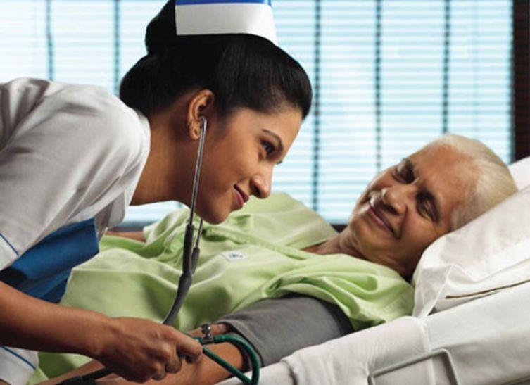 Special Story On International Nurse Day 2017 Hindi News ...