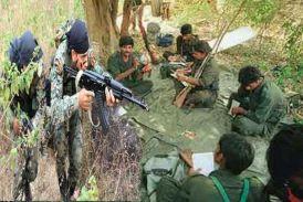 पुलिस और माओवादियों के बीच मुठभेड़, हथियारों का जखीरा बरामद