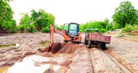 रेत के अवैध उत्खनन से खतरे में नदी का अस्तित्व, खनिज अमला साधा है मौन