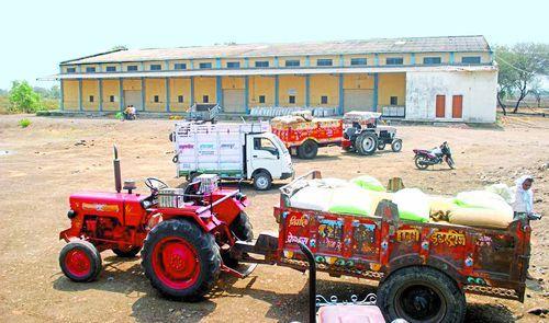 किसानों को खरीद केन्द्र से मोह भंग