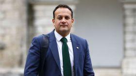 आयरलैंड : प्रधानमंत्री पद की दौड़ में समलैंगिक उम्मीदवार सबसे आगे